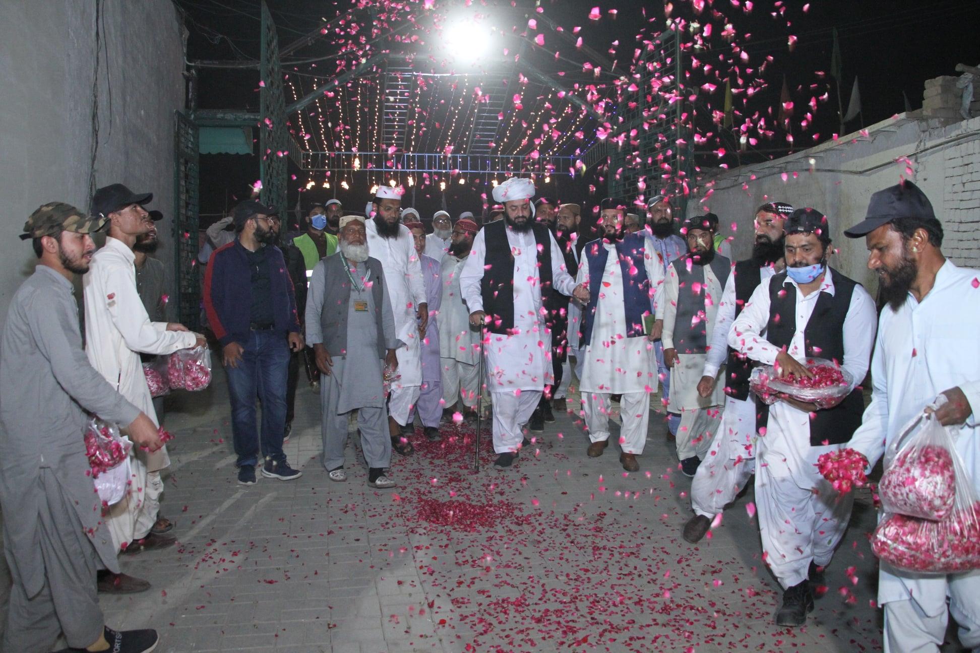 Jalsa Besat Rehmat Alam SAW Dera Ghazi Khan - 1